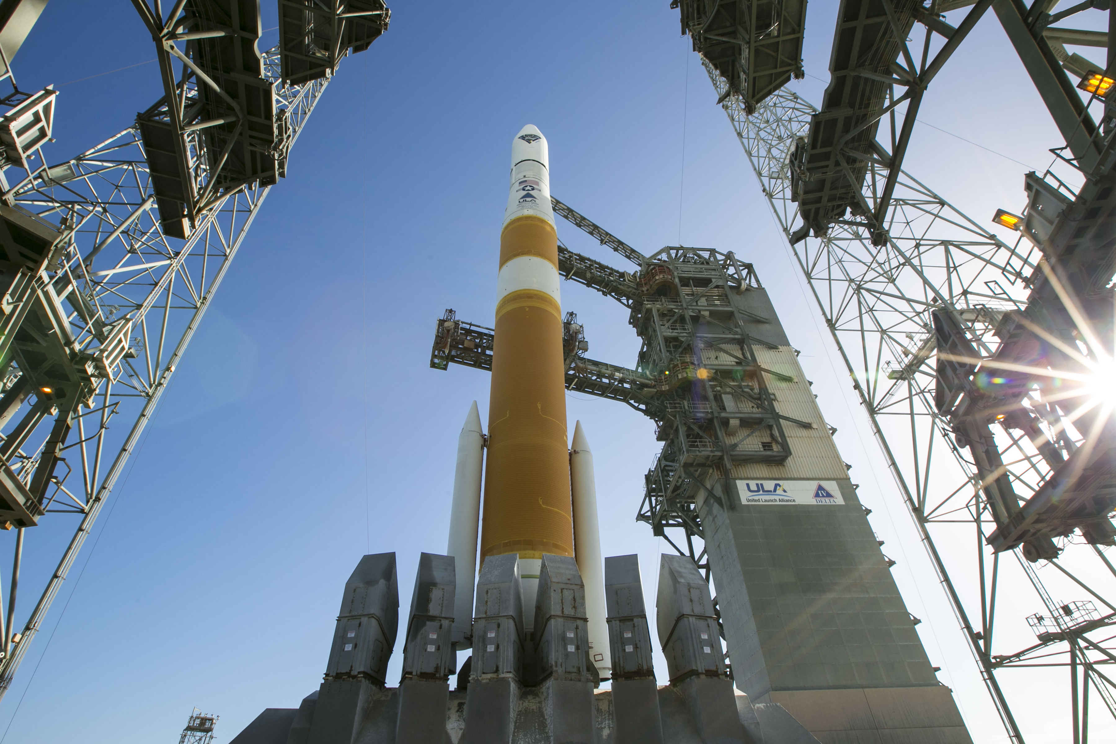 Midnight Hour Blastoff For Delta IV Rocket With Two