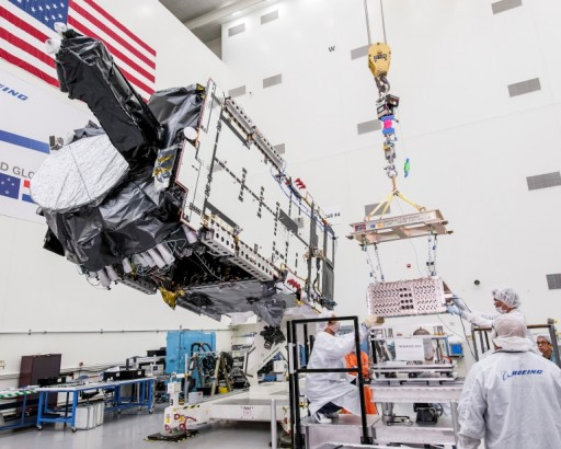 Intelsat-29e during Assembly - Photo: Intelsat