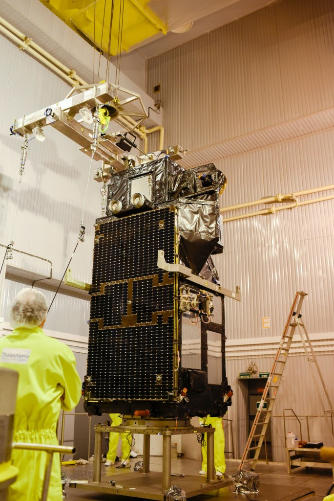 Sentinel-3A_before_being_installed_on_its_flight_adapter5