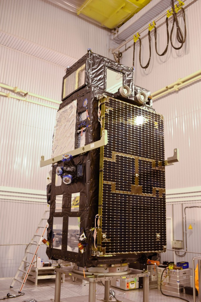 Sentinel-3A_before_being_installed_on_its_flight_adapter6