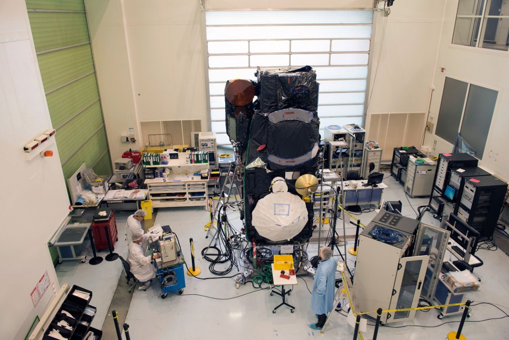 Sentinel-3A_satellite_in_Cannes_France3
