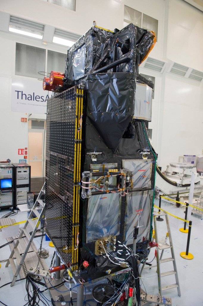 Sentinel-3A_satellite_in_Cannes_France5