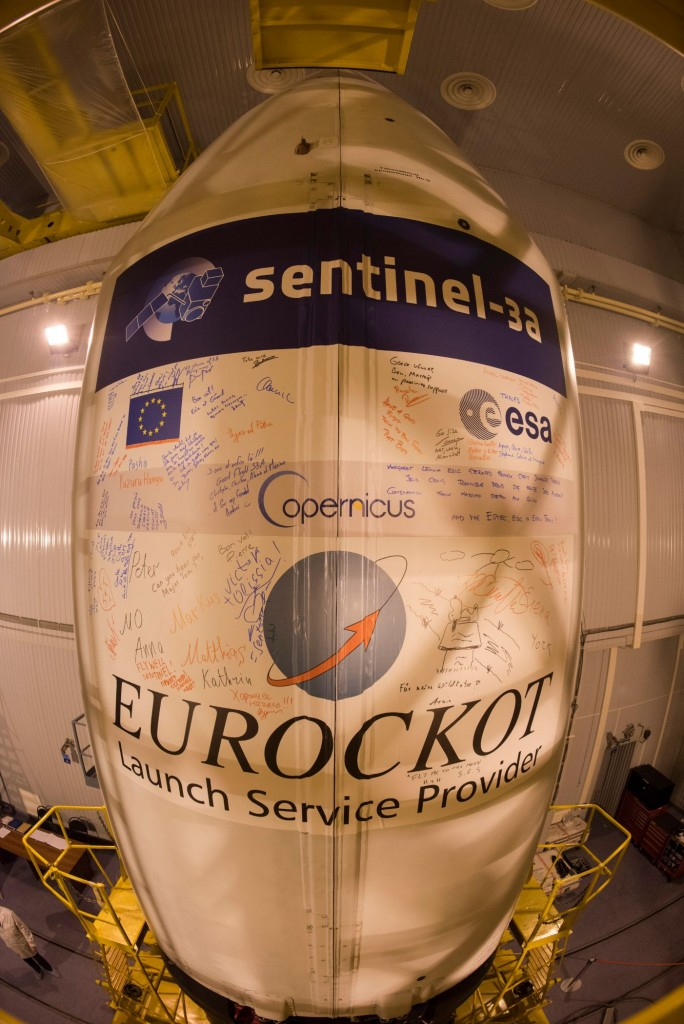 The_Sentinel-3A_logo_has_been_applied_to_the_Rockot_fairing1