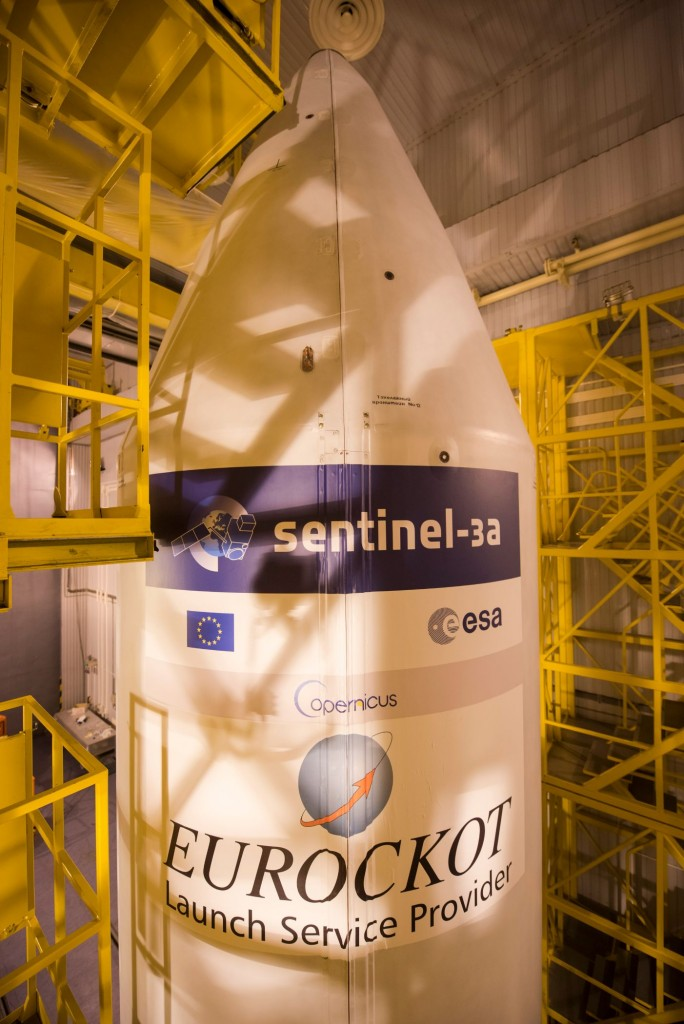 The_Sentinel-3A_logo_has_been_applied_to_the_Rockot_fairing3