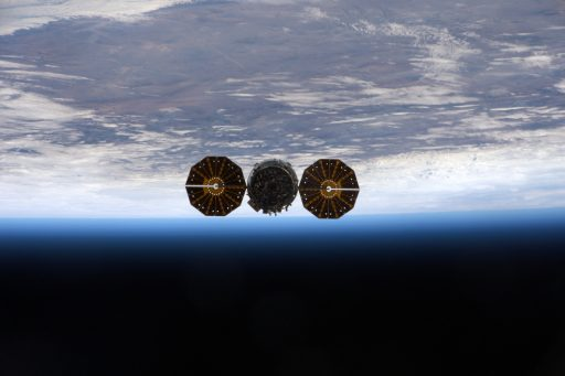 Cygnus departs the International Space Station - Photo: NASA/ESA