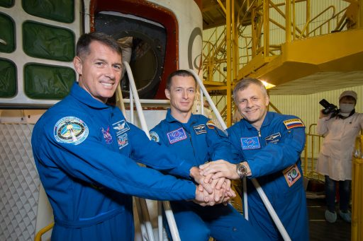 The Expedition 49/50 crew in front of their Soyuz Spacecraft - Photo: NASA