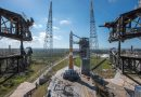 Photos: Service Tower Retracted from Delta IV Rocket