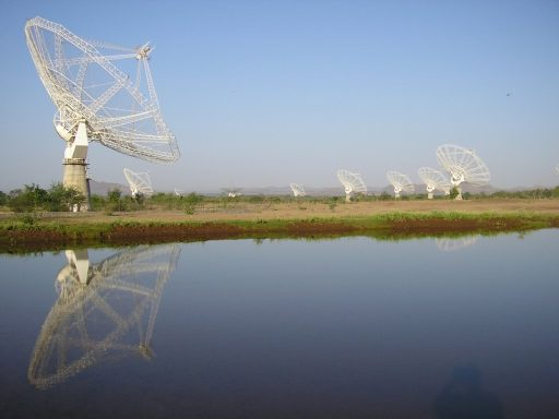 GMRT Array - Photo: ESA