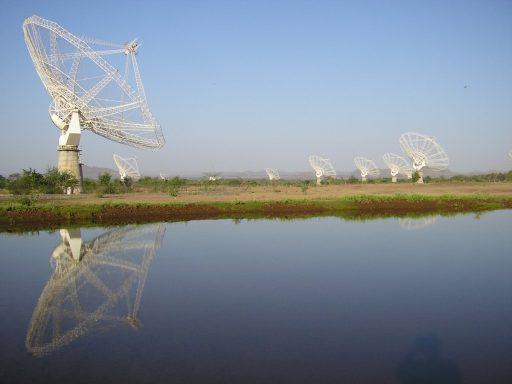 GMRT Array - Photo: ESA