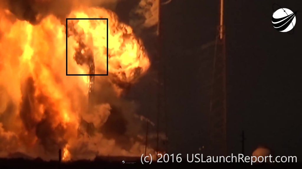 SpaceX - Static Fire Anomaly - AMOS-6 - 09-01-2016 04748