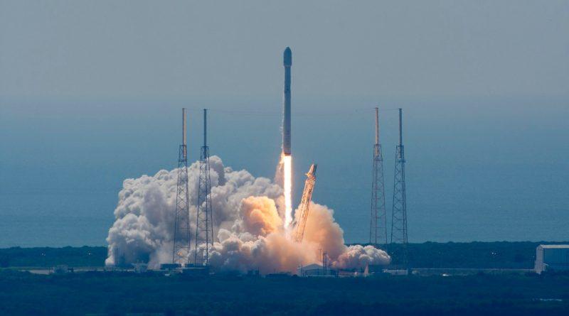 f9 - eutelsatabs launch 15.xjpg