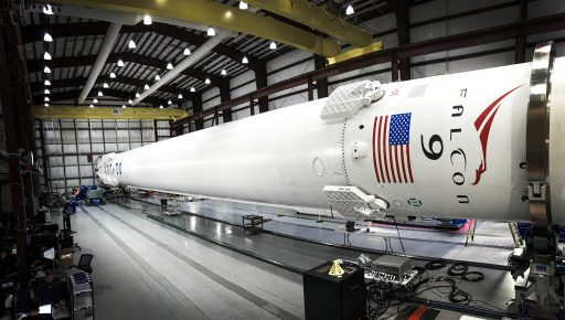 Falcon 9 Processing - Photo: SpaceX (File)