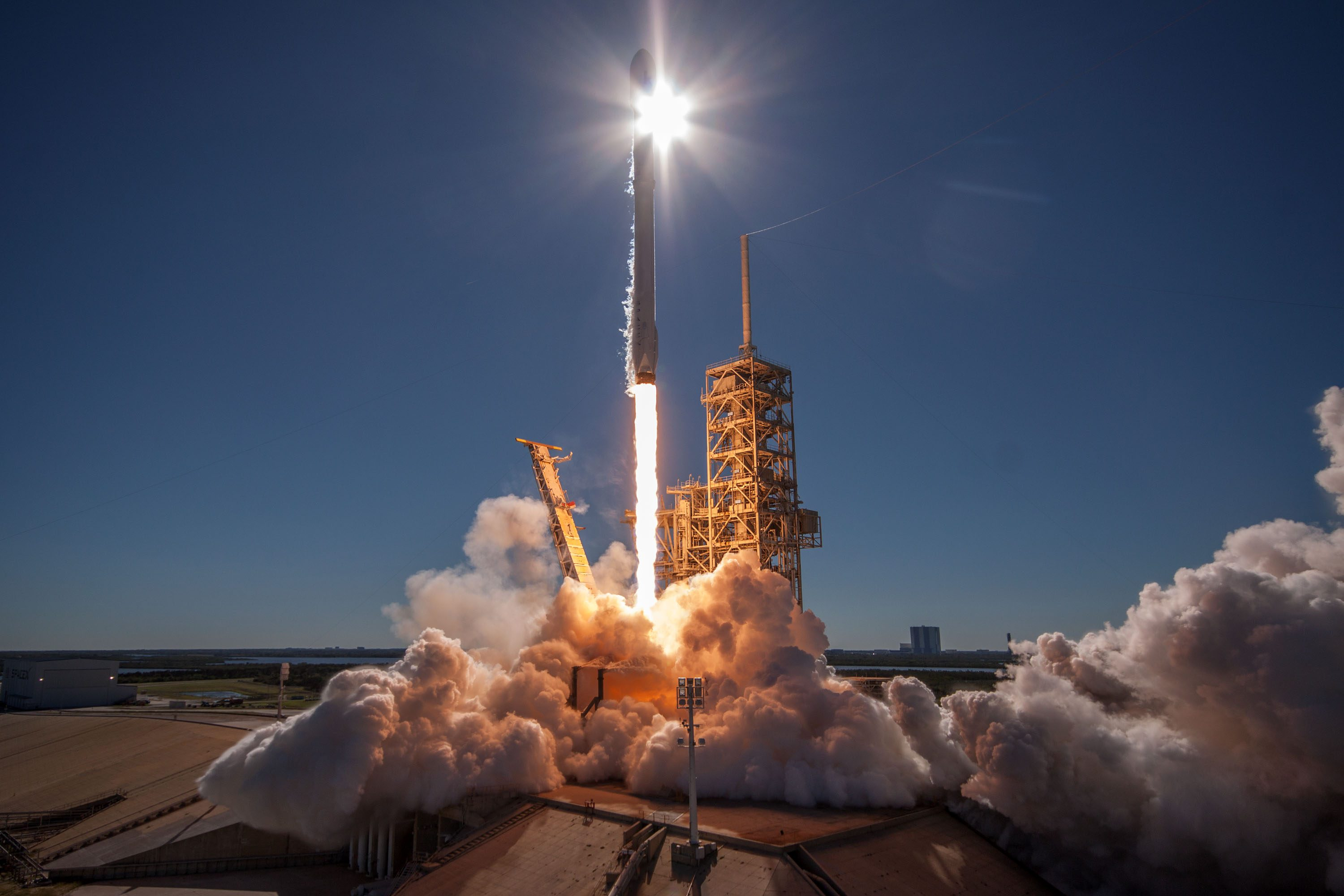 Photos: Falcon 9 Soars Off From Florida With Korean