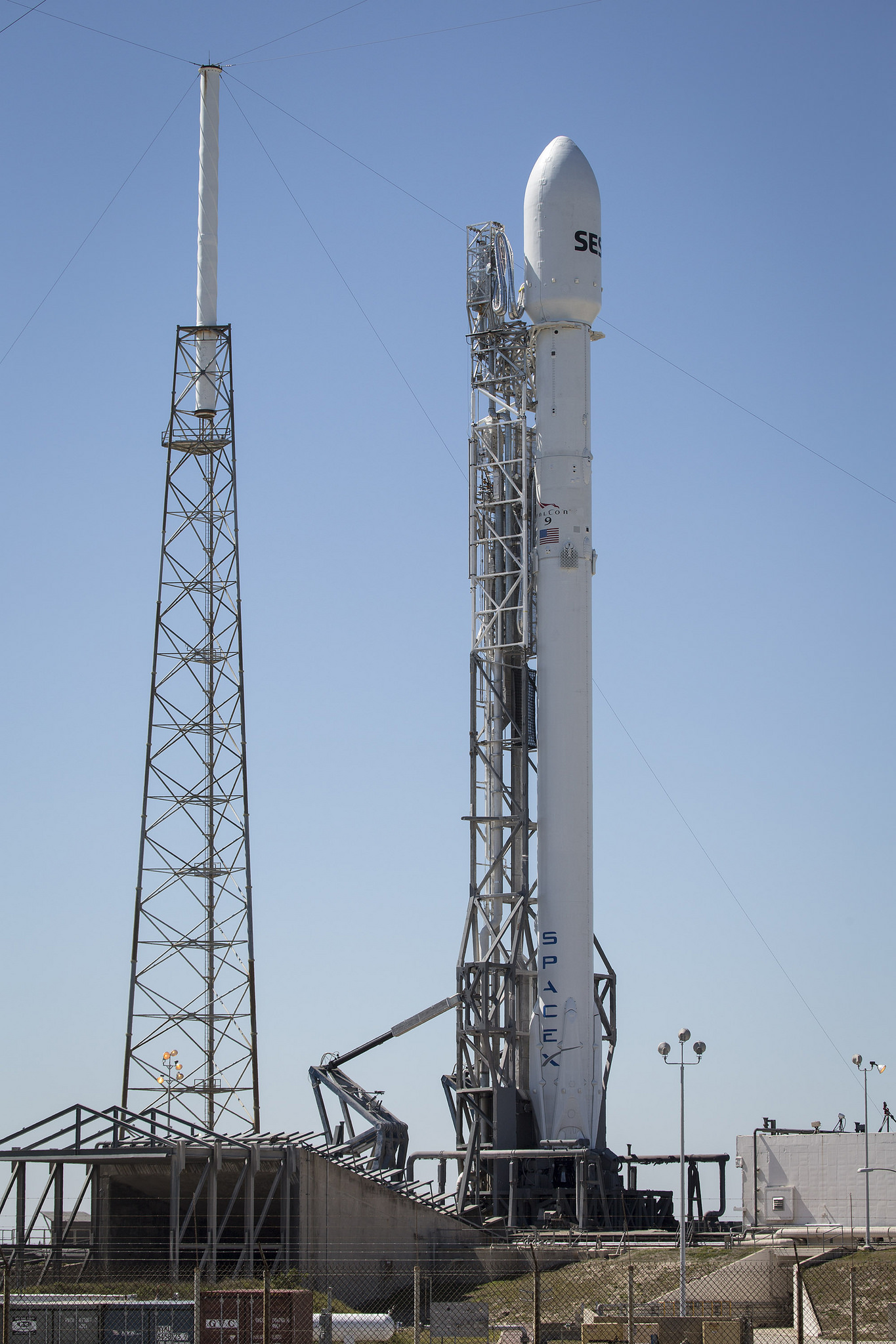 SpaceX Falcon 9 aims for post-sunset Launch on Sunday ...