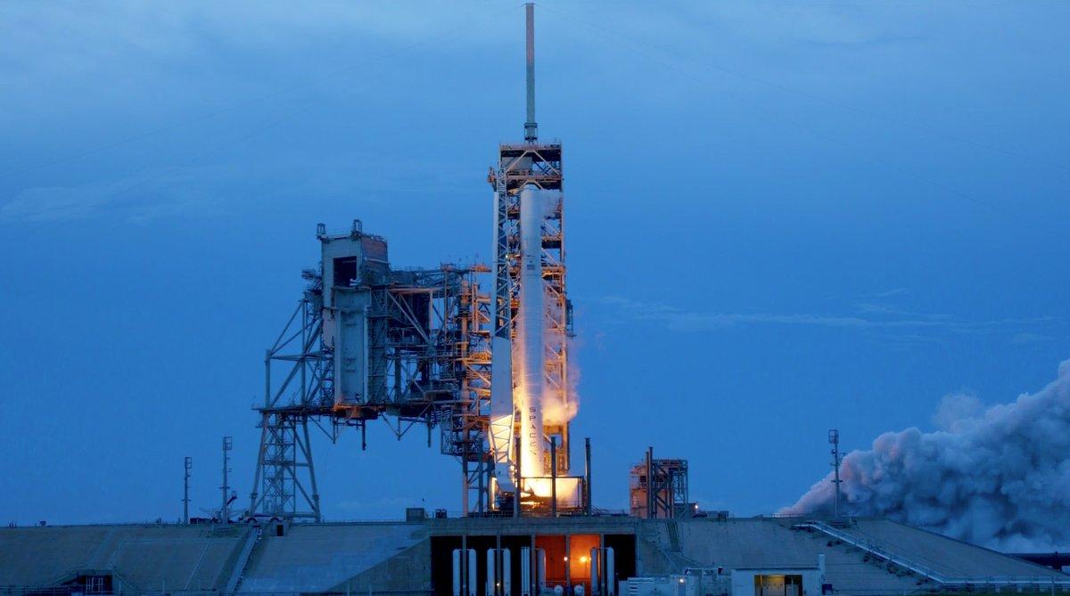 falcon 9 checks off static fire test ahead of ultra secretive zuma launch