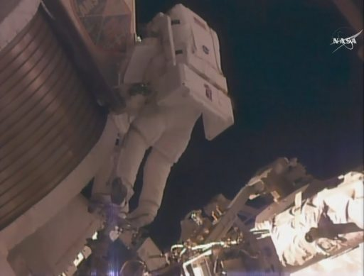 Lindgren begins work at AMS - Photo: NASA TV