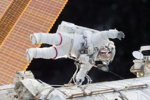 Scott Kelly during the last of his three EVAs - Photo: NASA