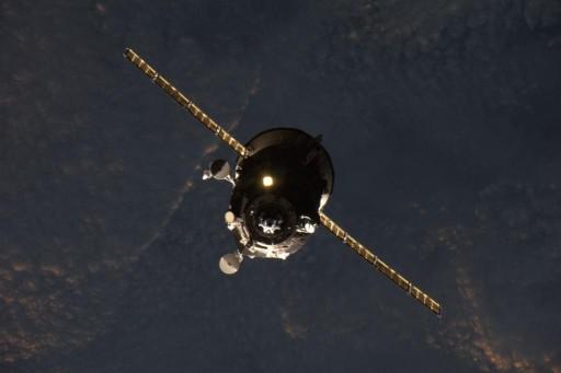 Progress M-28M during Docking - Photo: NASA/Scott Kelly