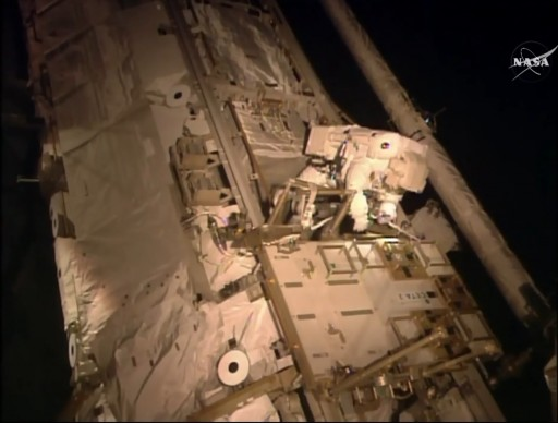 Scott Kelly at the CETA Cart during EVA-33 - Photo: NASA TV