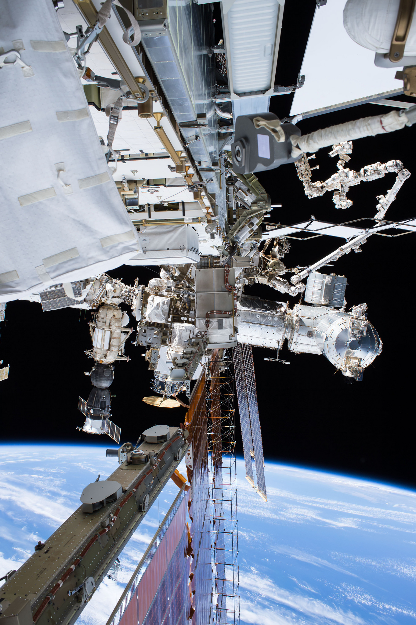 Photos: Tim Peake & Tim Kopra's ISS Spacewalk – Spaceflight101