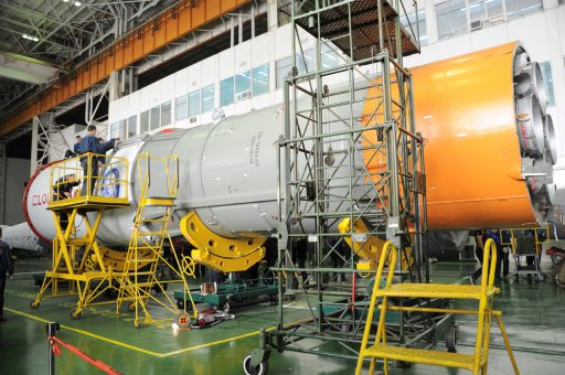 Progress MS-04 being installed on the Soyuz Block I Stage - Photo: RSC Energia