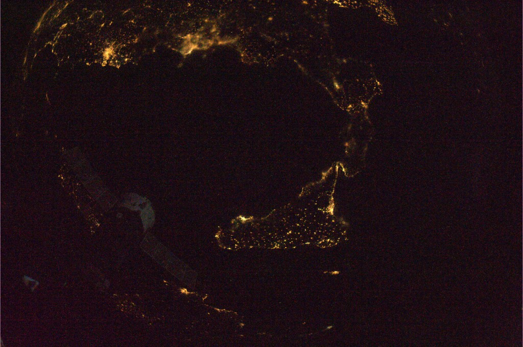 Calabria_and_Sicily_at_night