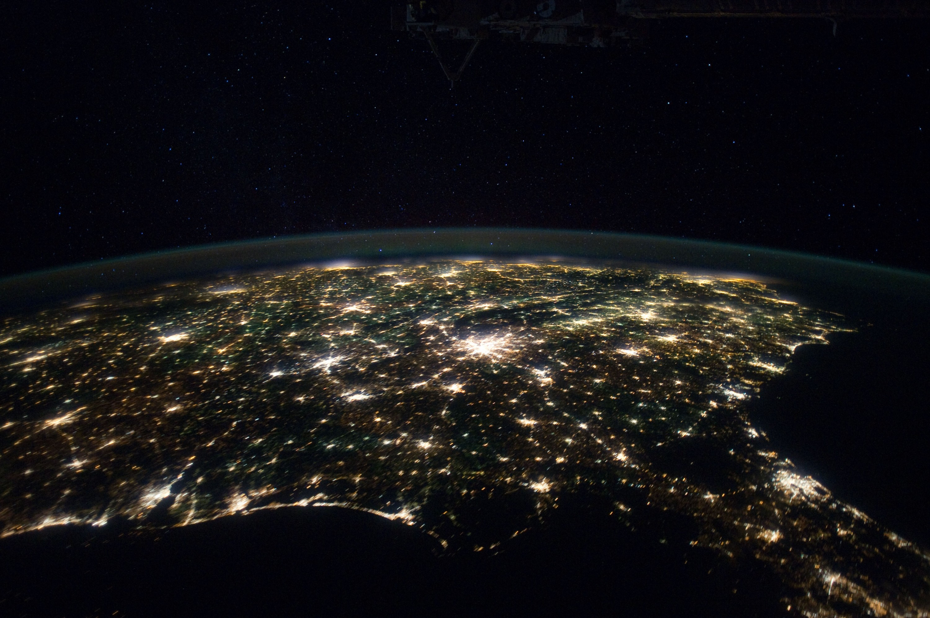 Earth at night spaceflight101 international space station for Space station usa