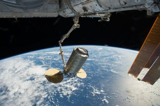 Cygnus OA-5 arrives at ISS - Photo: NASA