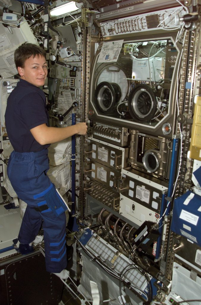 Expedition 5 - Photo: NASA