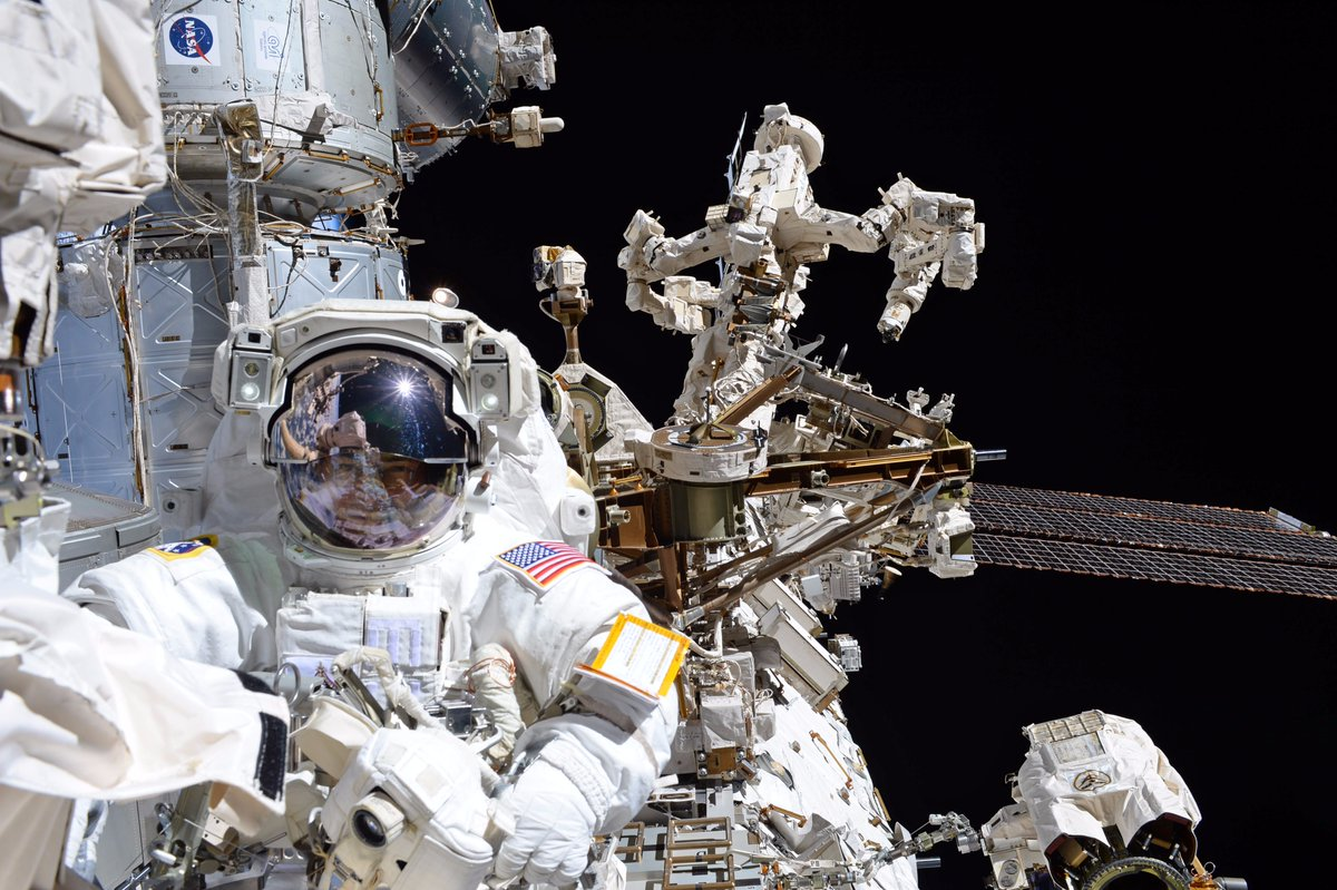 Gallery: Spacewalkers Work Outside Space Station to Repair ...