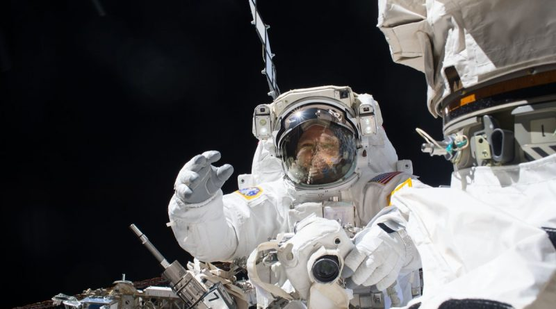 ISS Spacewalkers set for Critical Robotic Arm Upgrade via Second LEE Replacement