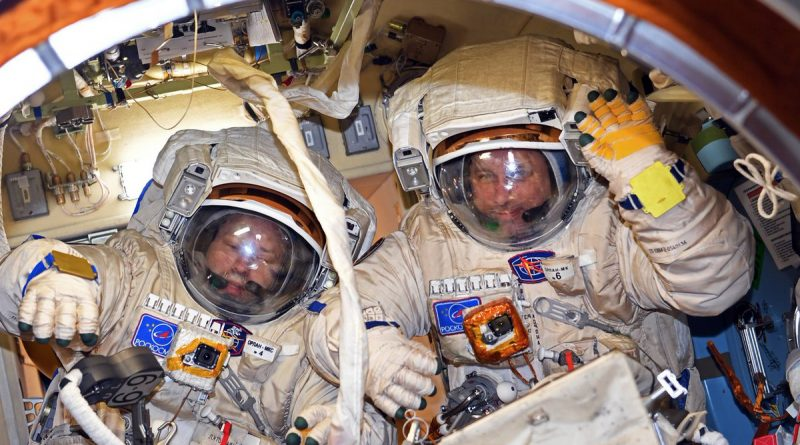 Russian Cosmonauts set for Ambitious EVA to Revamp High-Gain Communications System