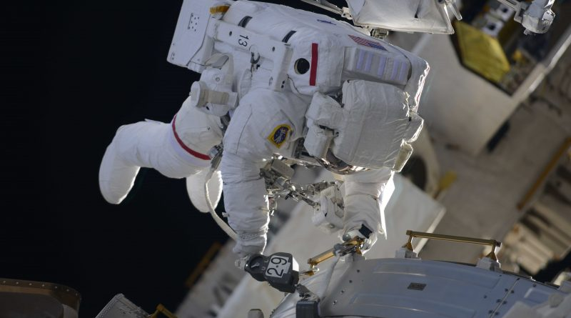 ISS Spacewalkers Work through Complete EVA Task List Despite Late Start & Early End