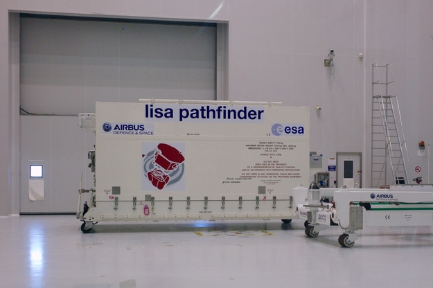 LISA_Pathfinder_at_CSG_20151008_L1004286_625