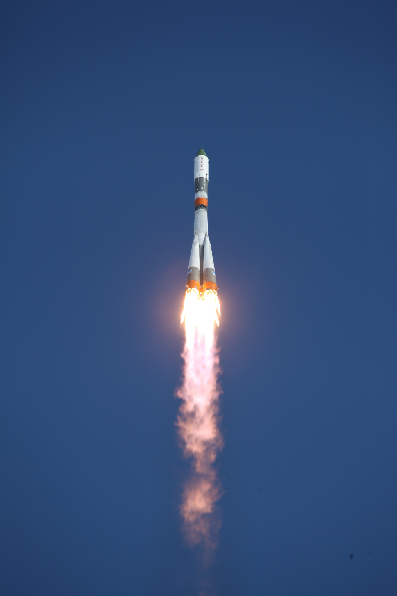 Vehicle Retirement Program >> Photos: Soyuz U blasts off on Final Climb to Orbit