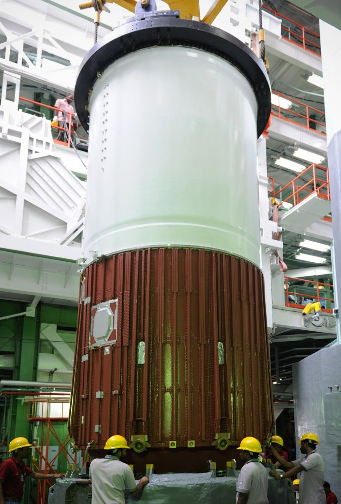 pslv-c30-first-stage-nozzle-end-segment-being-placed-launch-pedestal