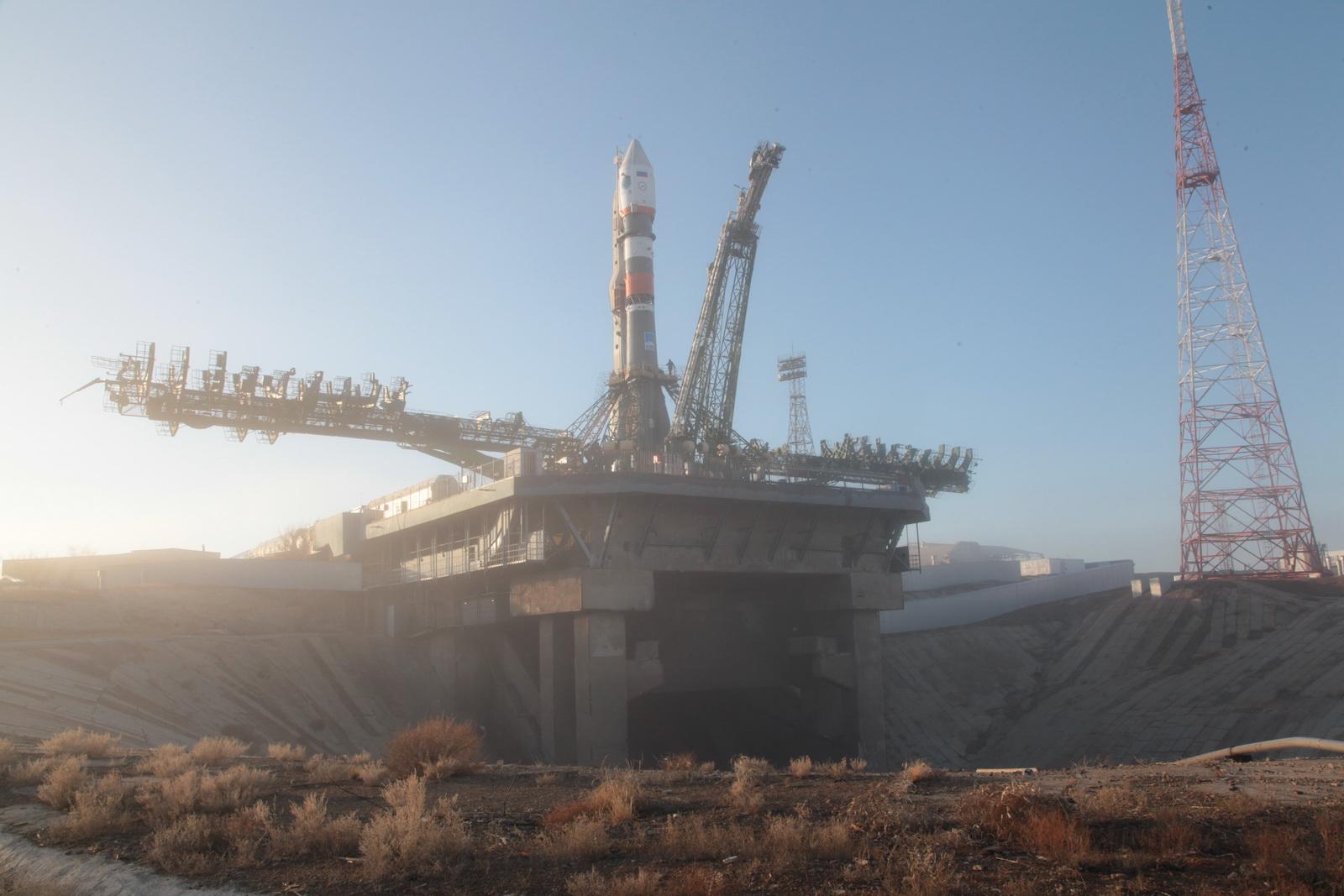 soyuz rocket rolls to baikonur launch pad to lift third