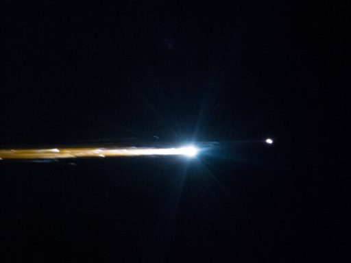 Soyuz Re-Entry - Photo: NASA