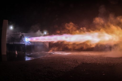 Raptor's first hot fire test, September 2016 - Photo: SpaceX