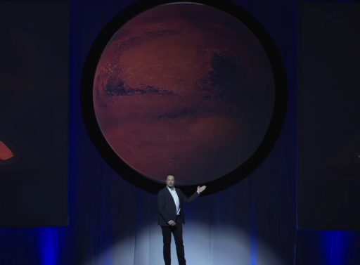 Elon Musk reveals his Mars Plans - Photo: SpaceX/IAC