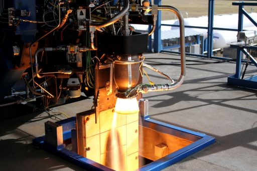 SpaceX's SuperDraco Engine uses a fully 3D Printed thrust chamber - Photo: SpaceX