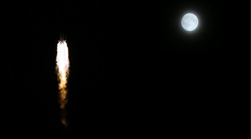 tg2-launch-moon2