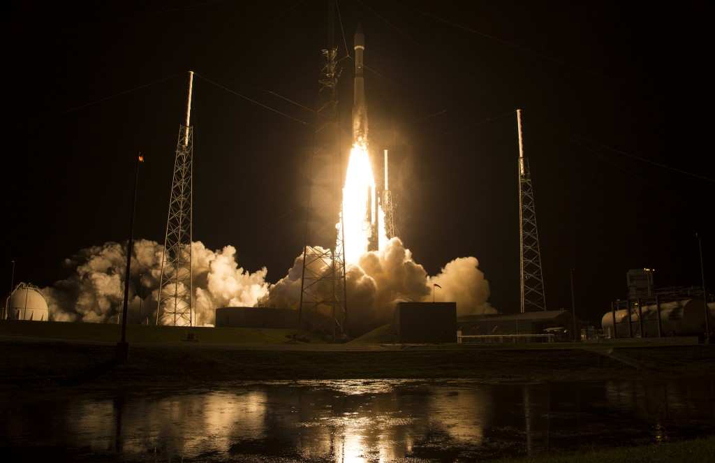 Atlas V with 4 MMS Spacecraft - Credit: NASA