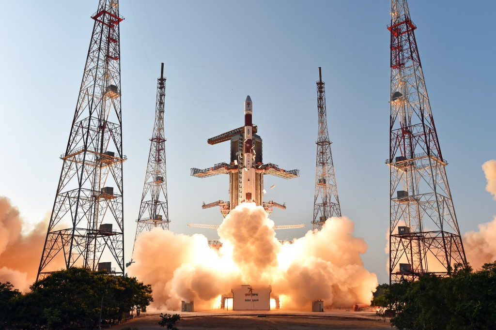 PSLV with IRNSS-1D - Photo: ISRO