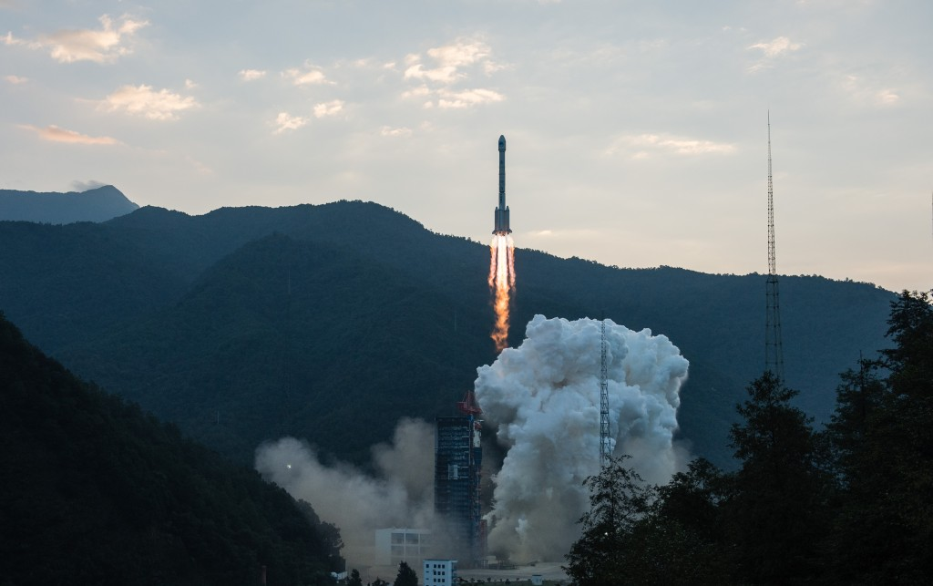 Long March 3B with Beidou-3I2S - Credit: Xinhua