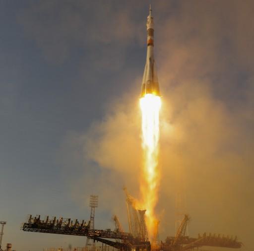 Soyuz FG with Soyuz TMA-19M - Credit: ESA