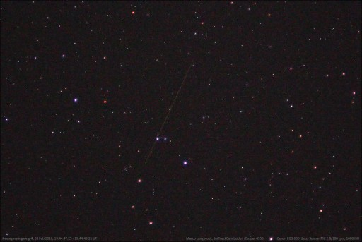 Long Exposure of visible Kwangmyongsong-4 pass - Photo: Marco Langbroek, http://sattrackcam.blogspot.com