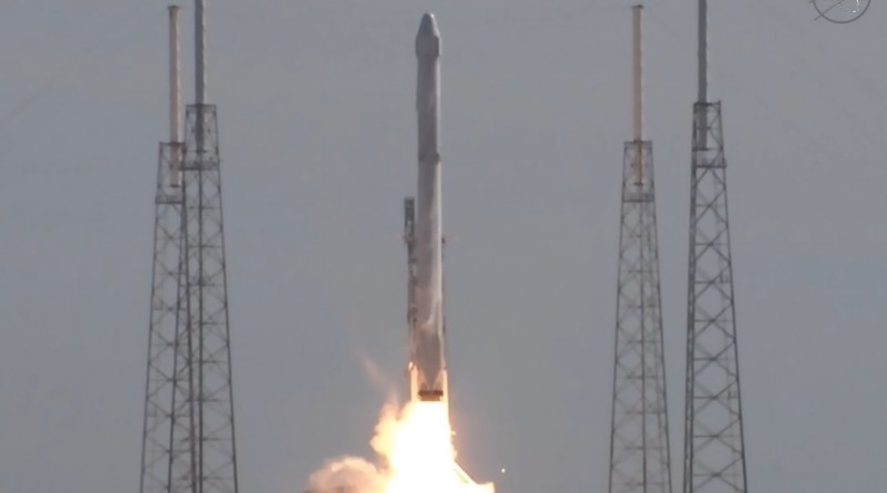 Video:  SpaceX Falcon 9 Launch with Dragon & Successful Landing at Sea
