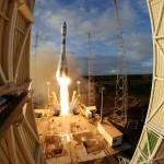 Photos: Soyuz blasts off from French Guiana with Sentinel-1B Radar Satellite
