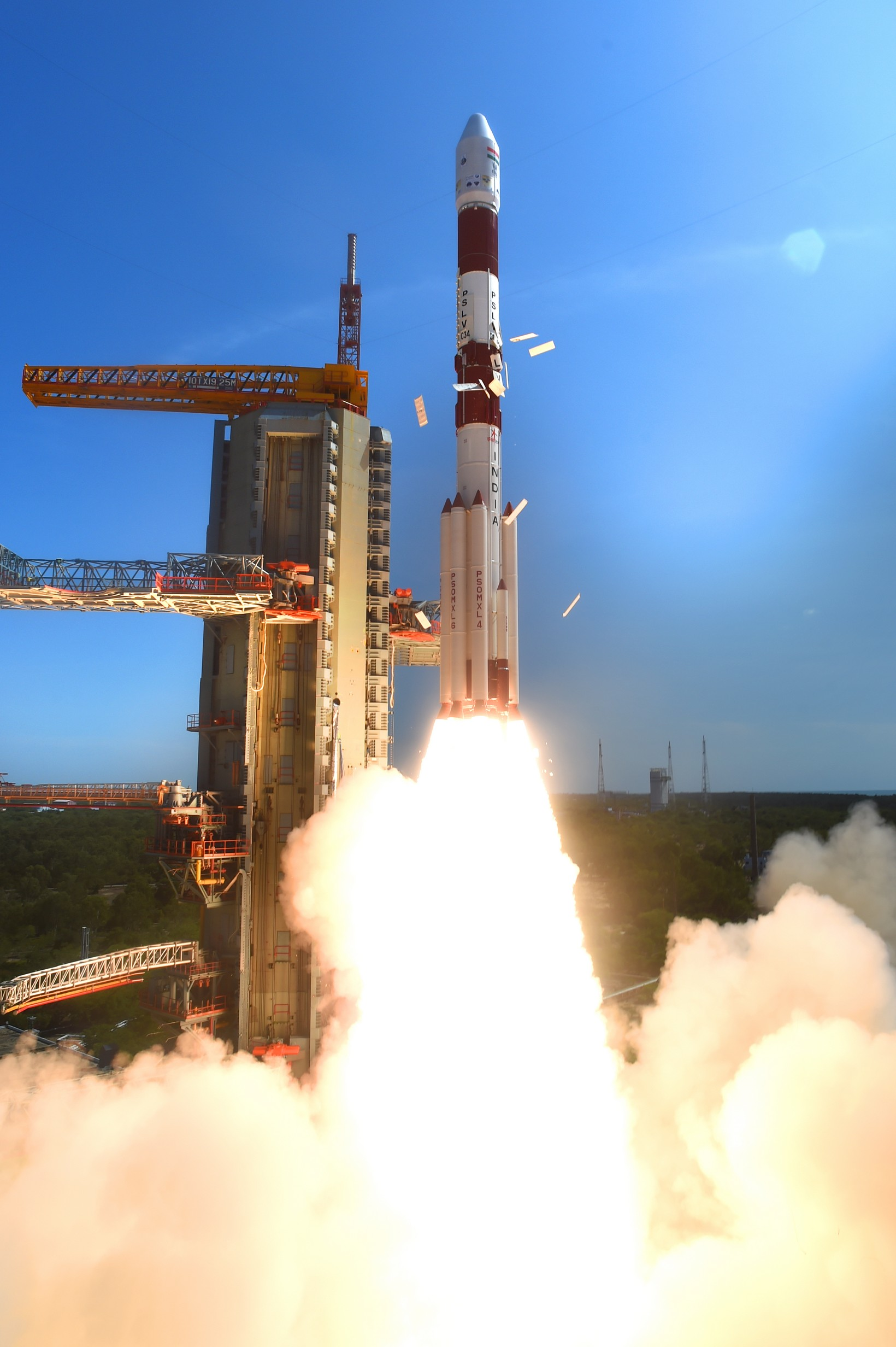 pslv-c34takeoff-view7